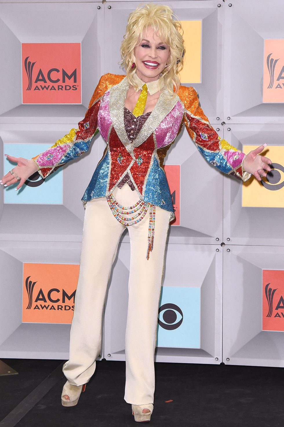 Dolly Parton, 2016