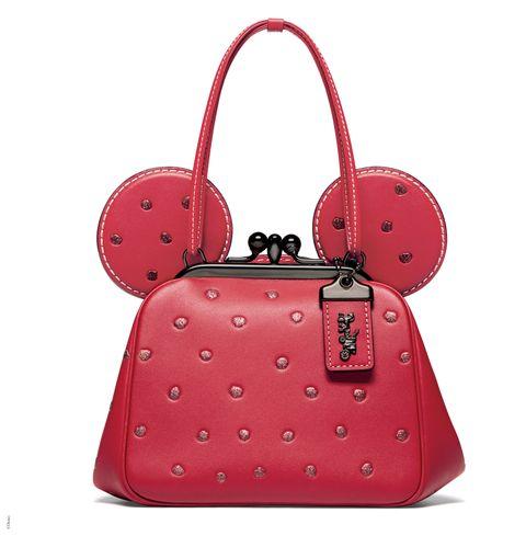 Handbag, Bag, Red, Fashion accessory, Shoulder bag, Pink, Design, Material property, Pattern, Hand luggage,