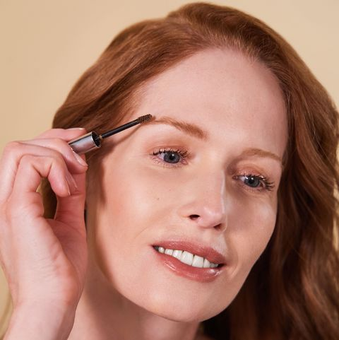 Face, Hair, Eyebrow, Skin, Forehead, Lip, Beauty, Chin, Head, Hairstyle,