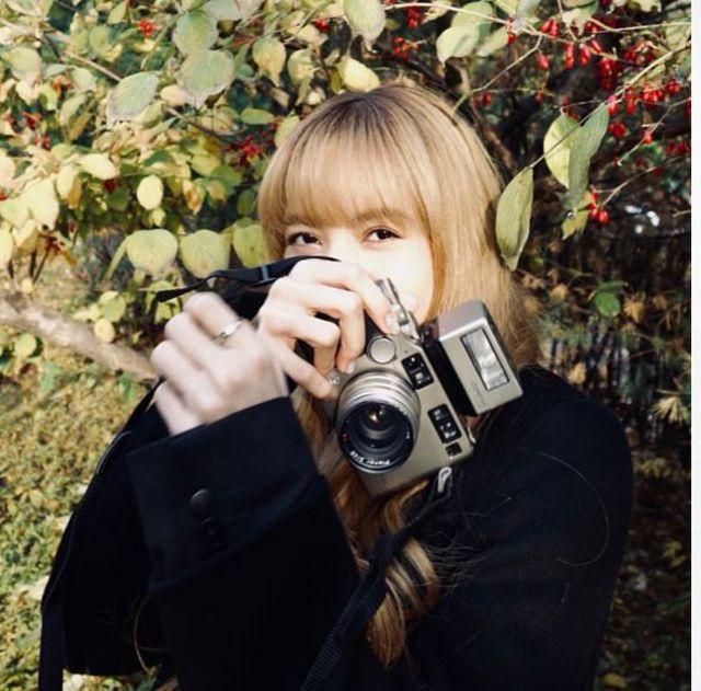 blackpink最美攝影師lisa再推攝影集!沒搶到《0327》的blink這次必須預購!