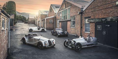 Land vehicle, Vehicle, Car, Vintage car, Antique car, Classic, Coupé, Classic car, Sports car, Automotive design,