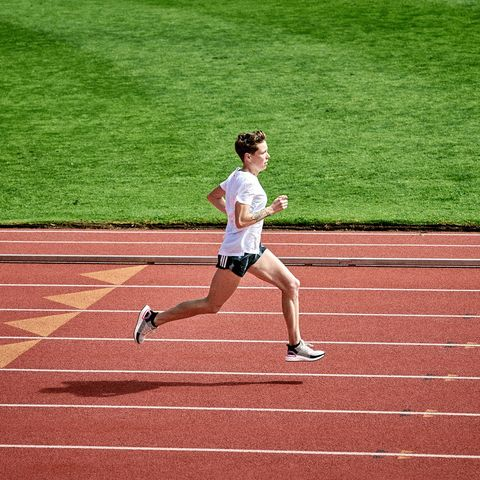 Sports, Running, Sprint, Athlete, Track and field athletics, Athletics, Green, Recreation, Outdoor recreation, Individual sports,