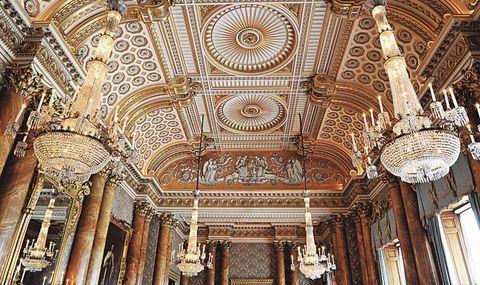バッキンガム宮殿 ブルー・ドローイング・ルームの天井