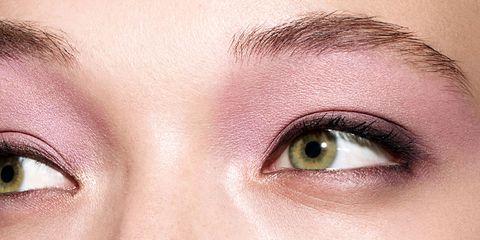 Eyebrow, Face, Eyelash, Eye, Skin, Nose, Forehead, Close-up, Eye shadow, Organ,