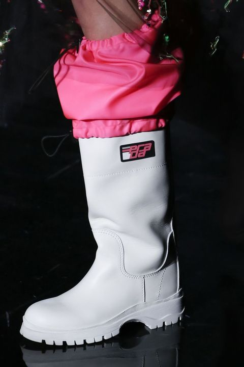 Footwear, Pink, Boot, White, Shoe, Snow boot, Riding boot, Knee-high boot, Outerwear, Carmine,
