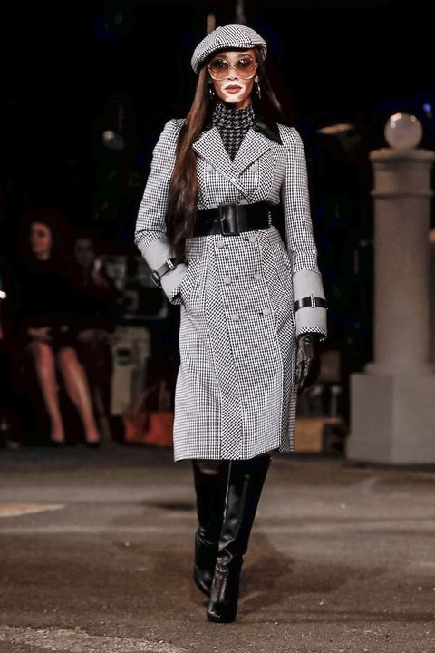 Fashion model, Fashion, Clothing, Runway, Street fashion, Fashion show, Outerwear, Black-and-white, Fashion design, Coat,