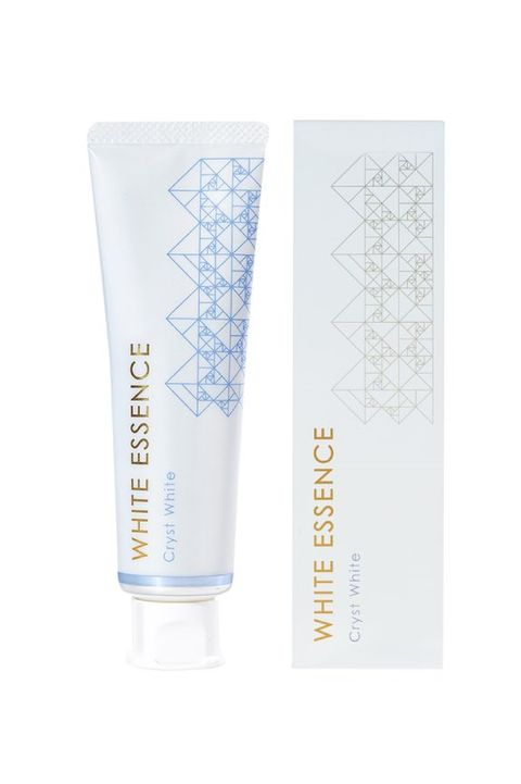Face, Product, Beauty, Skin, Skin care, Water, Cream, Hand, Material property, Moisture,