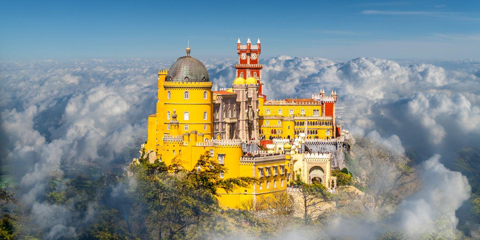 死ぬまでに訪れたい世界で最も美しい城ベスト10 |ELLE DECOR [エル・デコ]