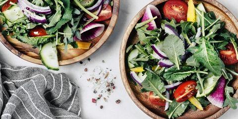 サラダを食べる|痩せるつもりが逆効果! ダイエットの間違い10コ