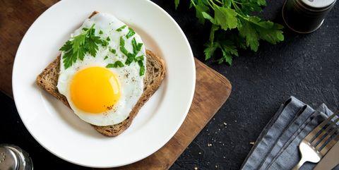 卵|二日酔いのときに食べたい食べ物 8選