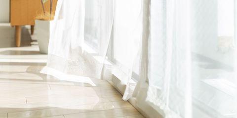 カーテンは、洗濯の合間に叩く ホテルの客室清掃スタッフから学ぶ、掃除のコツ
