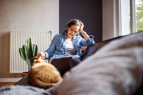猫と一緒に寝ることが健康にいい理由とは?