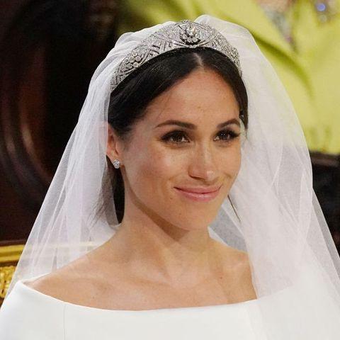 メーガン妃(サセックス公爵夫人)|ロイヤルウエディング史上最もゴージャスなティアラを総覧