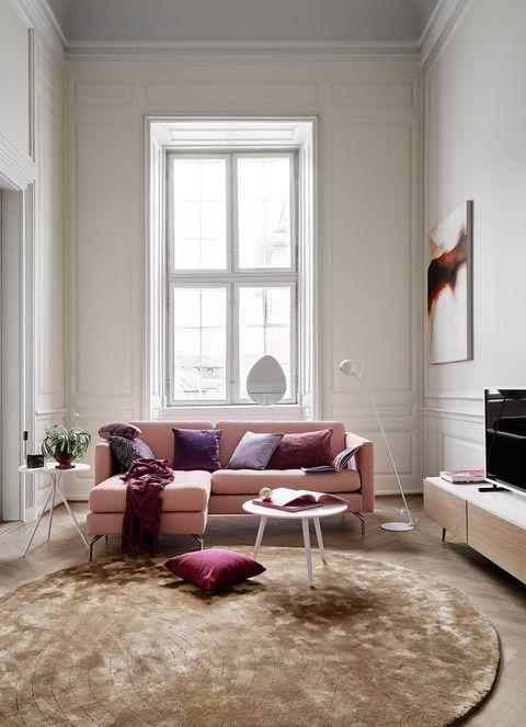 salón decorado con sofá boconcept