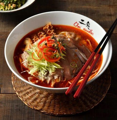 新北耶誕城5家周邊餐廳推薦!板橋必吃美食「紅蟳沙鍋粥」、「異國結合創意料理」讓人垂涎三尺