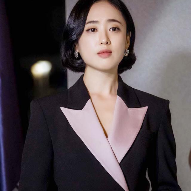 韓劇《惡魔法官》池晟搭擋女星金玟廷凍齡娃娃臉保養秘訣公