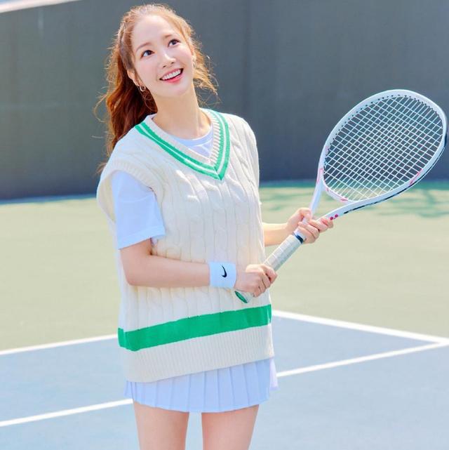 打網球好處這麼多?女星愛的「網球瘦身」快速燃脂瘦身全身同時瘦出完美腰線