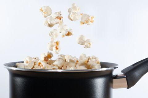 Popcorn, Kettle corn, Food, Popcorn maker, Cuisine, Dish, Snack, Caramel corn, Ingredient, American food,