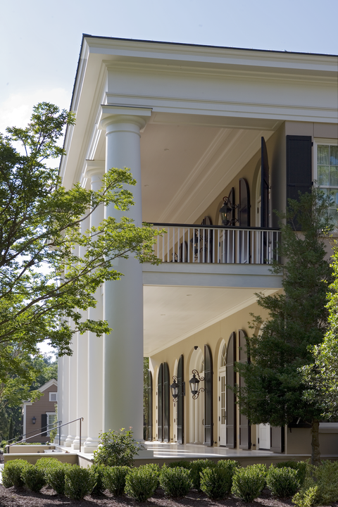 front-porch-decorating-ideas-historical-concepts-south-carolina-greek-revival-veranda