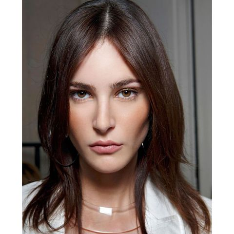 Hair, Face, Eyebrow, Hairstyle, Lip, Chin, Forehead, Brown hair, Beauty, Hair coloring,