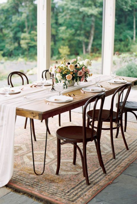 Furniture, Table, Chair, Outdoor table, Room, Kitchen & dining room table, Tablecloth, Outdoor furniture, Dining room, Interior design,