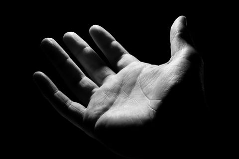 Black, Hand, Finger, Black-and-white, Arm, Gesture, Human, Monochrome photography, Sky, Photography,