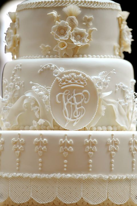 The Details Of Duke And Ss Cambridge S Wedding Cake