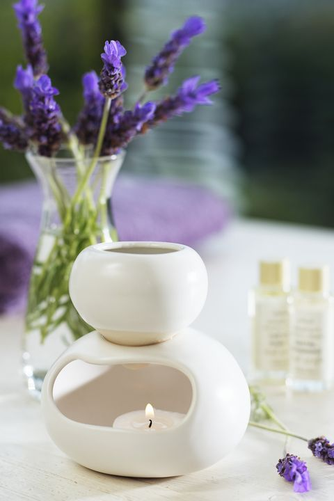 Aromatherapy diffuser with bottles of oil
