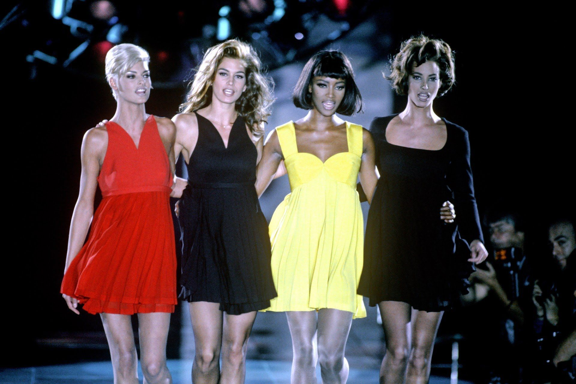 Gianni Versace S Most Iconic Dresses 20 Of The Best Vintage Versace Looks