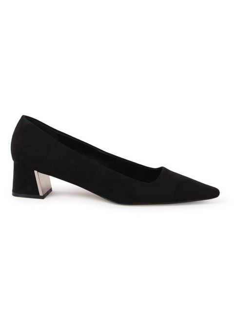 Footwear, Court shoe, Shoe, Leather, High heels, Velvet, Suede,