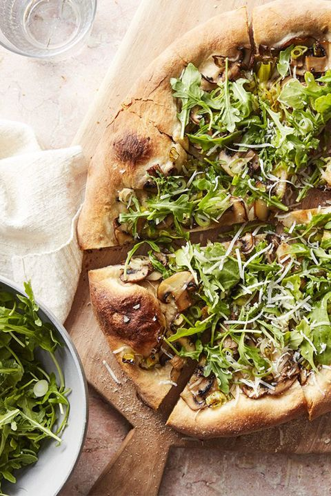 30 minute dinners for busy nights mushroom and arugula salad pizza
