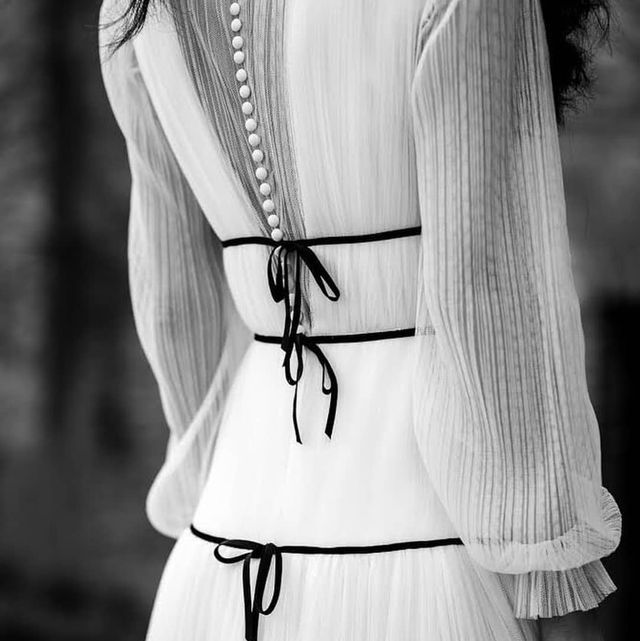 White, Black, Shoulder, Black-and-white, Waist, Monochrome photography, Joint, Dress, Neck, Outerwear,