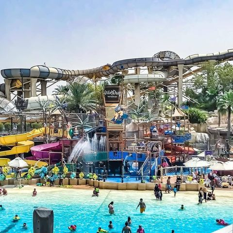 Water park, Amusement park, Swimming pool, Leisure, Recreation, Park, Town, Sky, Fun, Water,