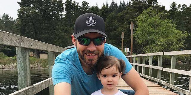 Un padre y su hija arrasan en Instagram con un vídeo en el que cantan una canción de Maroon 5