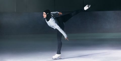 Ice skating, Figure skating, Skating, Ice dancing, Sports, Recreation, Figure skate, Individual sports, Ice rink, Performance,