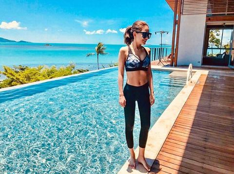 Clothing, Shoulder, Vacation, Summer, Leg, Fashion, Sportswear, Leisure, Bikini, Trousers,