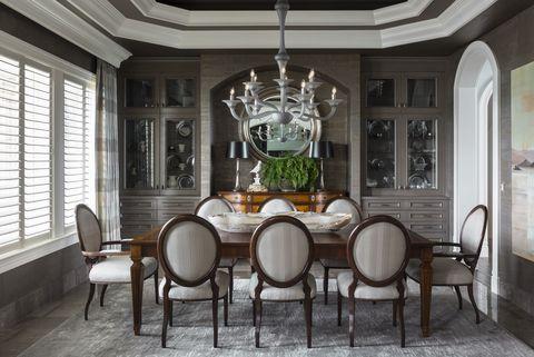 Room, Dining room, Ceiling, Interior design, Property, Chandelier, Furniture, Building, Lighting, House,