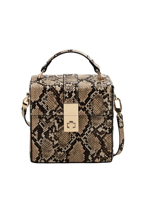 bdc805a87 Bag and Purse Trends Fall 2018 - Best Fall Bags 2018