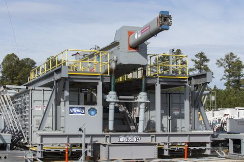 170112 n po203 142 dahlgren, va jan 12, 2017 the office of naval research onr sponsored electromagnetic railgun emrg at terminal range located at naval surface warfare center dahlgren division nswcdd the emrg launcher is a long range weapon that fires projectiles using electricity instead of chemical propellants us navy photo by john f williamsreleased