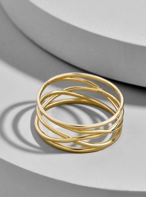 Bangle, Jewellery, Yellow, Fashion accessory, Metal, Body jewelry, Gold, Ring, Wedding ring, Circle,
