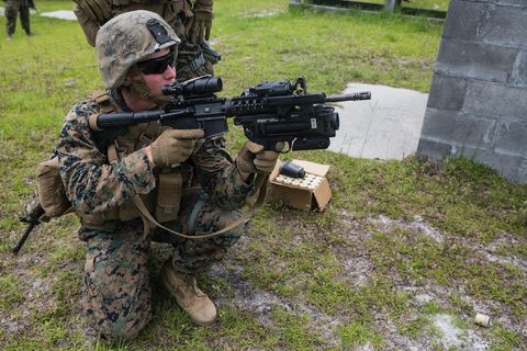 Soldier, Military camouflage, Gun, Military, Army, Airsoft, Infantry, Military organization, Military uniform, Airsoft gun,