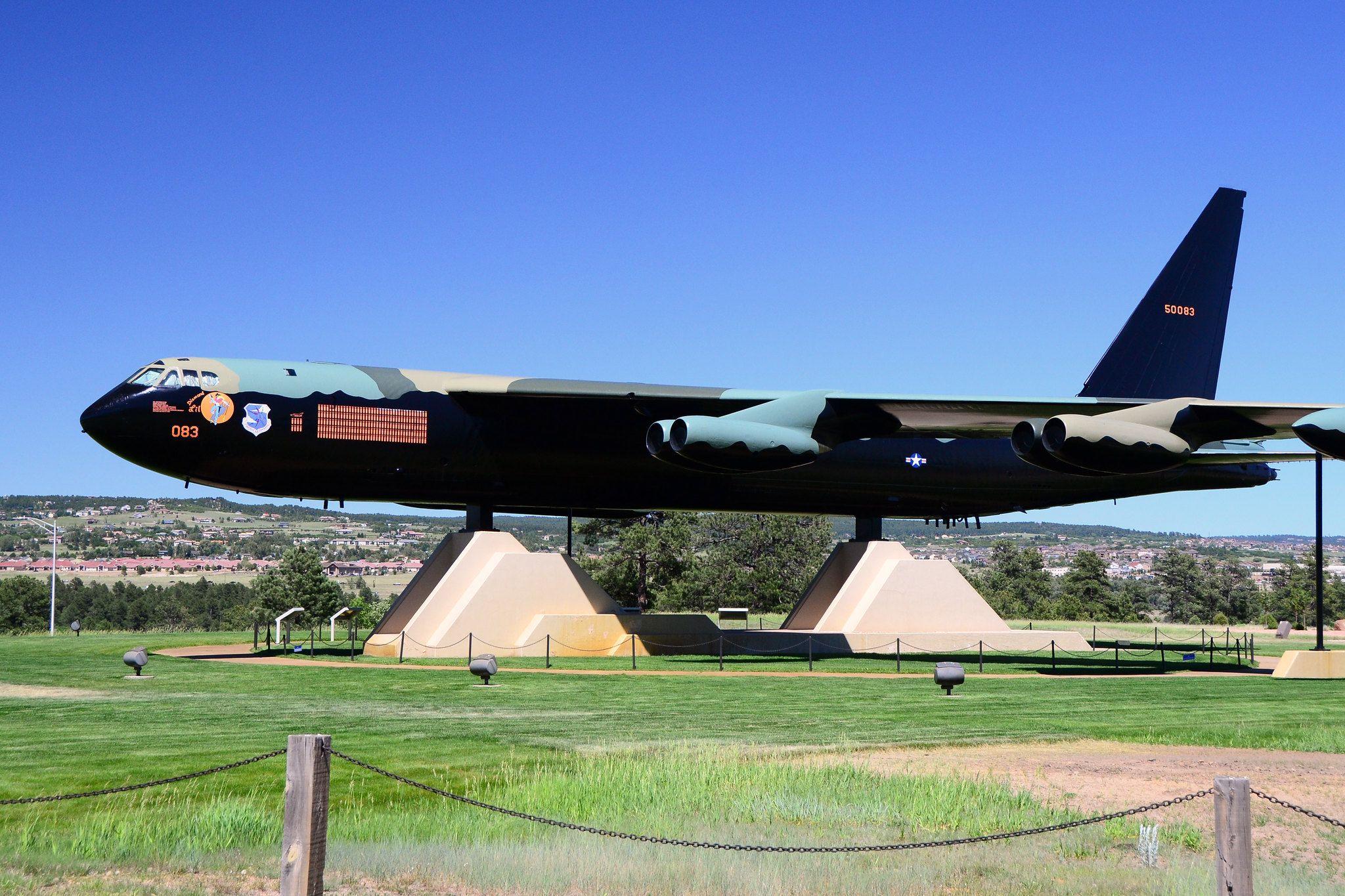 'Diamond Lil' na Academia da Força Aérea em Colorado Springs.