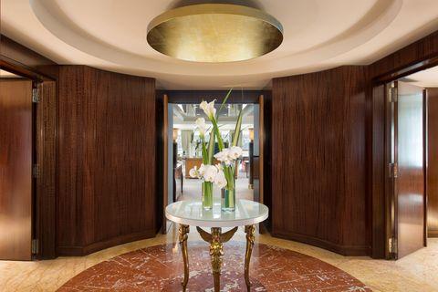 Room, Property, Interior design, Ceiling, Furniture, Building, Floor, Table, Architecture, Real estate,