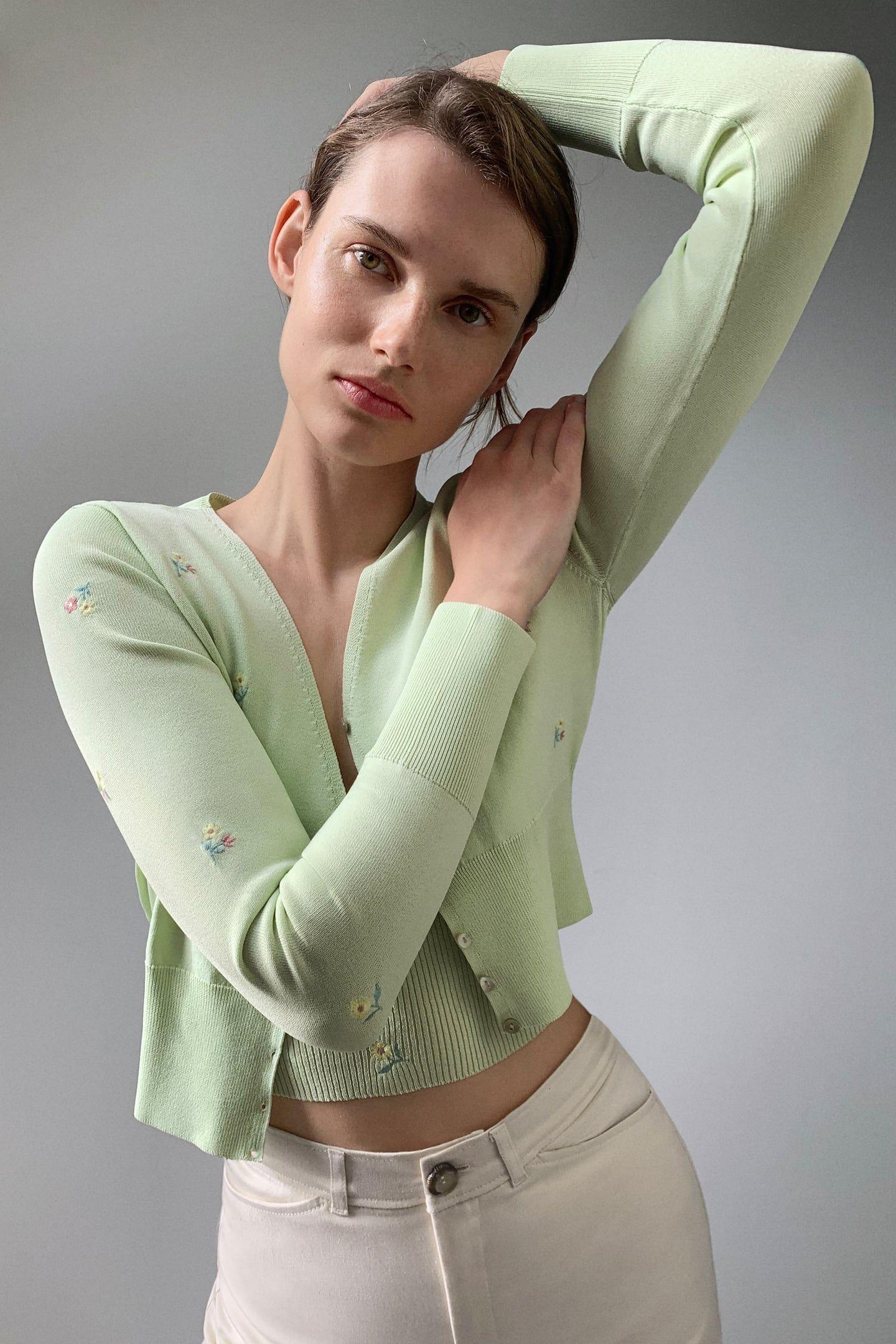 El conjunto de punto de Zara más viral entre las expertas en