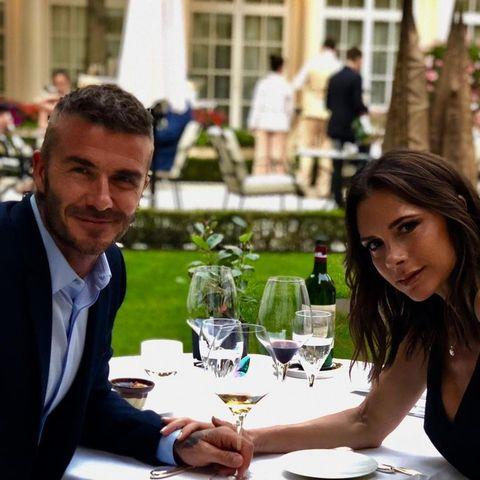 貝克漢夫婦, 維多利亞貝克漢, 貝嫂, Victoria Beckham, 貝嫂, 穿搭, 情侶穿搭,造型,夫妻,IG,大衛貝克漢,結婚紀念日