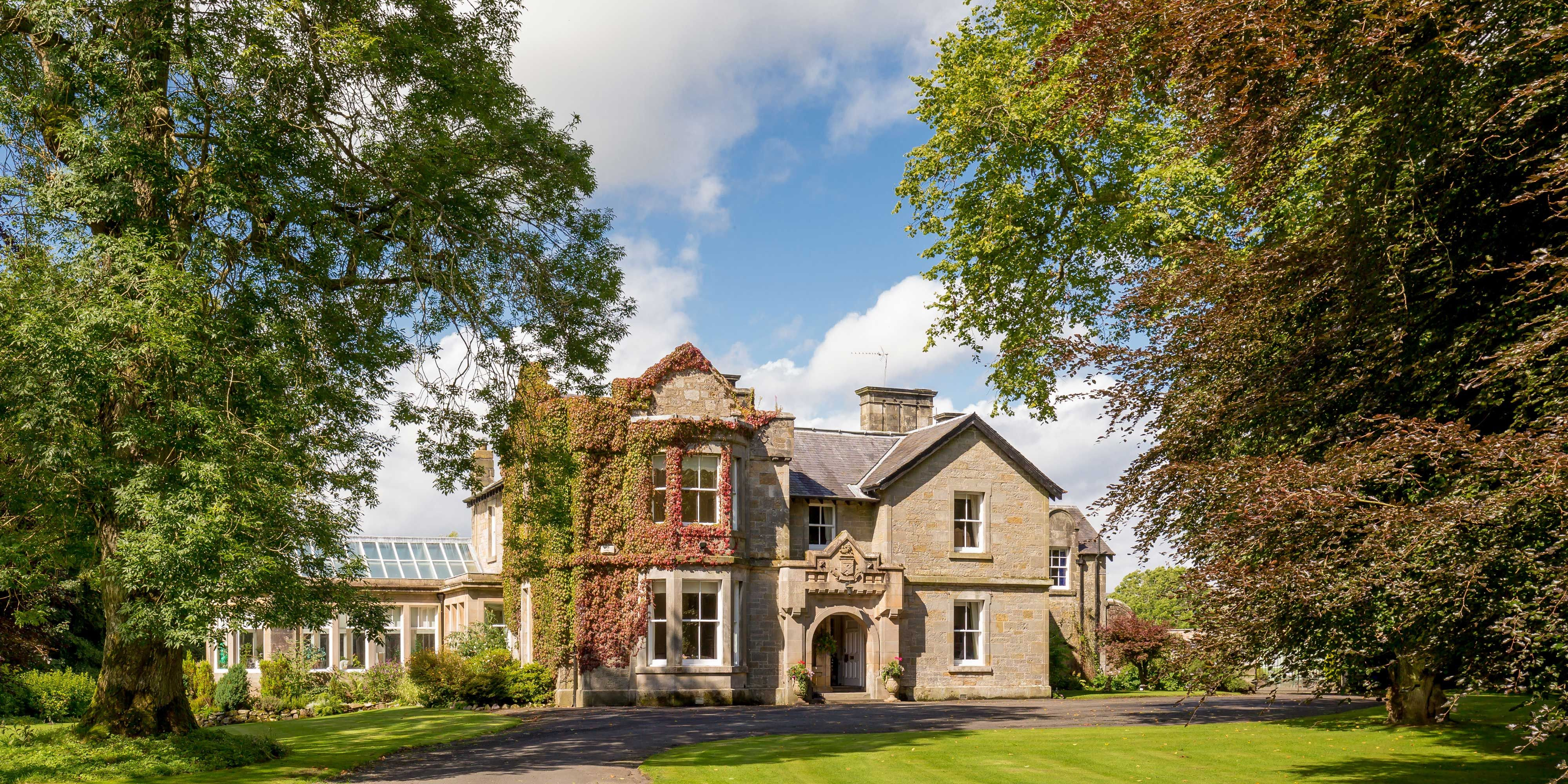 The Countryside Property With An Impressive Plot Of Land