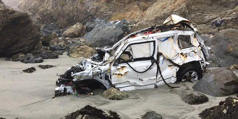 Geological phenomenon, Vehicle, Car, Rock, Off-roading, Geology, Off-road vehicle, Mountain, Mountain pass, Quarry,