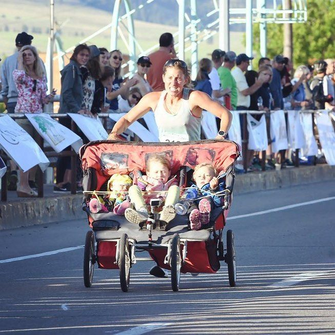 Mom Runs 3:11 Marathon With a Triple Stroller While Pushing 185 Pounds
