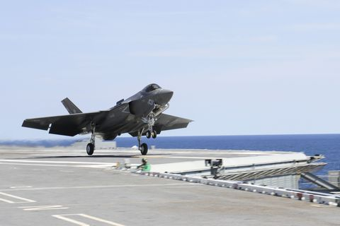 Vehicle, Airplane, Aircraft, Air force, Aerospace manufacturer, Military aircraft, Aviation, Lockheed martin f-35 lightning ii, Fighter aircraft, Jet aircraft,