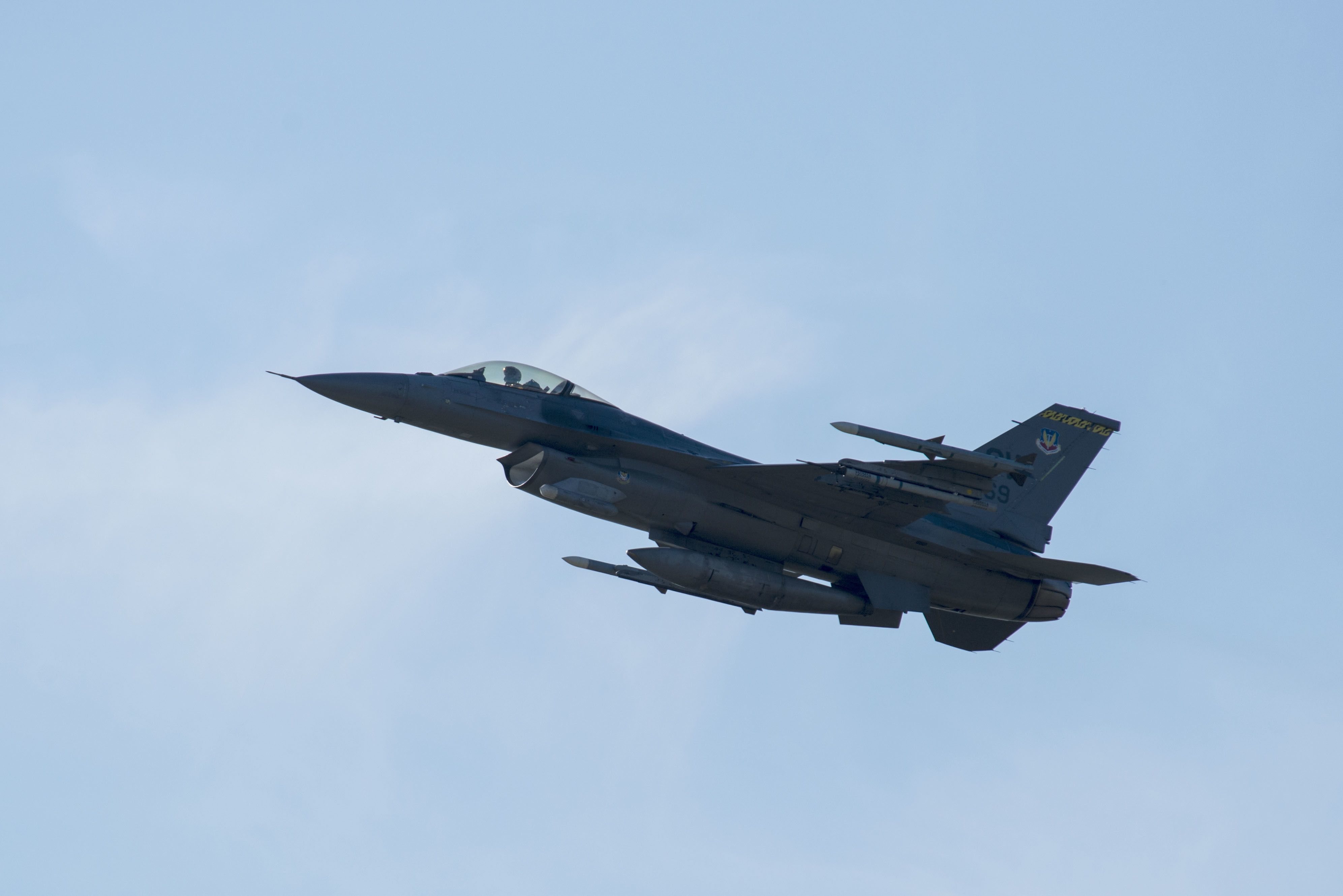 F-16 Fighter Pilot Dies After Crash in South Carolina